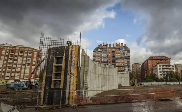 Colocación de armaduras en muros perimetrales, diciembre 2017