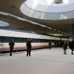ESTACIÓN DE TREN. Primer tren. LIF2002. Diciembre 2011