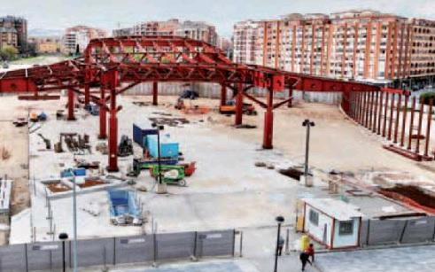 La estructura del edificio de la estación toma forma. Juan Marín